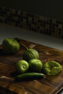 Green vegetables on wooden table - CAVF31575