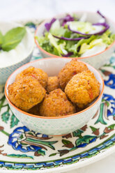 Falafel, salad, red and white cabbage, yogurt sauce with mint - LVF06847