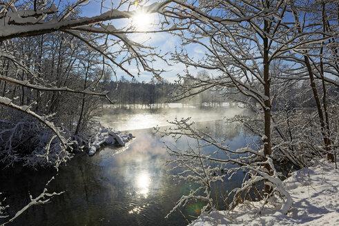 Germany, Bavaria, Upper Bavaria, Loisach in winter - LHF00558