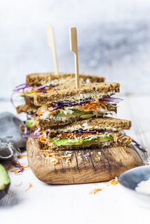 Veggie Sandwich, whole meal toast bread with grated carrot, red cabbage, white cabbage, avocado and cheese - SBDF03513