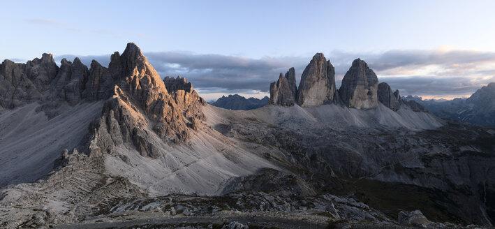 Italy, Sexten Dolomites, Tre Cime di Lavaredo, Nature Park Tre Cime - CVF00328