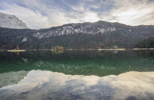 Germany, Garmisch-Partenkirchen, Lake Eibsee - PVCF01307