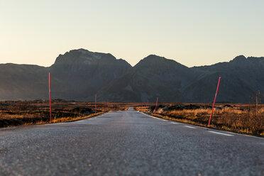 Norway, Lofoten Islands, empty country road - WVF01070