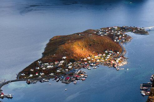 Norway, Lofoten Islands, Reine, View from Reinebringen - WVF01093