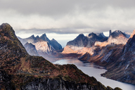 Norway, Lofoten Islands, Reine, View from Reinebringen - WVF01096