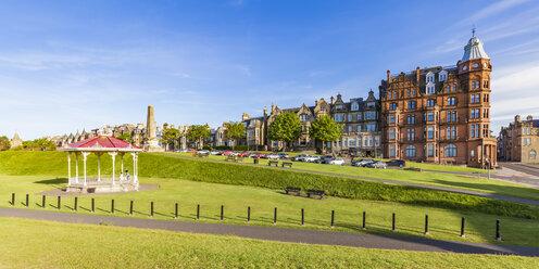 Scotland, Fife, St. Andrews, waterfront promenade - WDF04578
