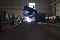 Welder at work in factory - LYF00804