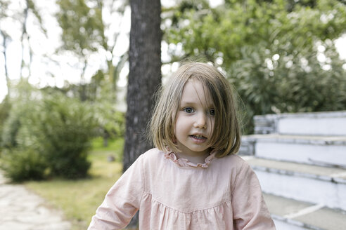 Portrait of little girl in the garden - KMKF00193