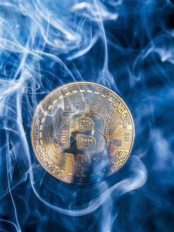 Bitcoin and smoke - EJWF00867