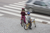Children on street - MASF06747