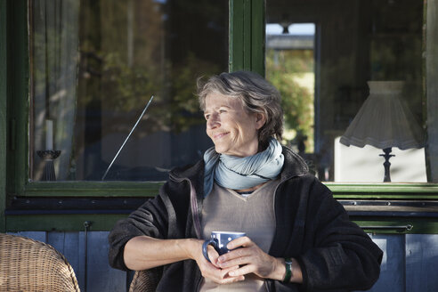 Senior woman looking away - MASF06852