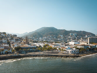 Mexico, Jalisco, Puerto Vallarta, Old town, Church of Our Lady of Guadalupe and El Malecon boardwalk - ABAF02207