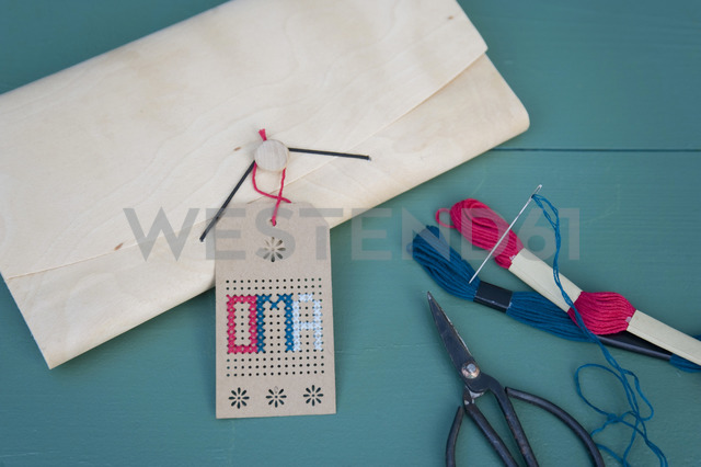 Tag, brodery for grandmother, cross stitch, wooden folder, scissors, embroidery cotton - GISF00317