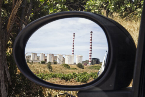 Greece, Laurion, gas power station mirrored in wing mirror - MAMF00075