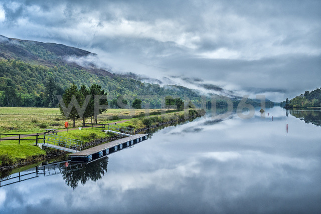 United Kingdom, Scotland, Highlands, Caledonian Canal - STS01503
