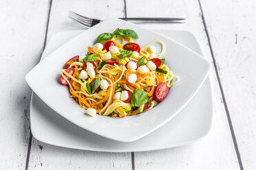 Zoodles with spaghettis, tomatoes and mini mozzarella cheese balls - SARF03685