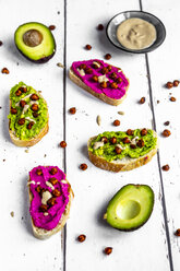 Baguette with guacomole and beetroot hummus, roasted chick peas and tahin dressing - SARF03690