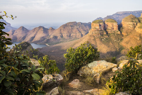 Africa, South Africa, Mpumalanga, Panorama Route, Blyde River Canyon Nature Reserve, Three Rondavels - WEF00440