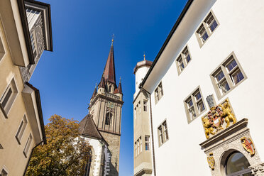 Germany, Radolfzell, view to Radolfzell Minster and public library in the foreground - WDF04655