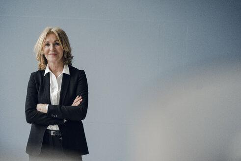 Portrait of confident senior businesswoman - KNSF03803