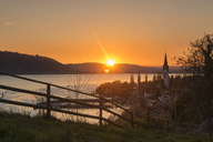 Germany, Baden-Wuerttemberg, Sipplingen, Lake Constance at sunset - SH02039
