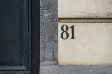 House number on facade - TAMF01070