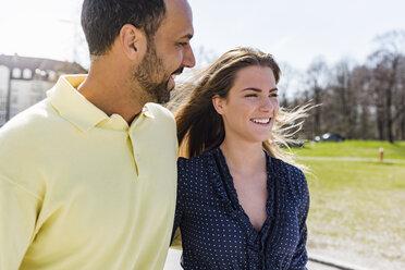 Happy couple on a walk - DIGF04151