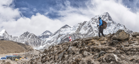 Nepal, Solo Khumbu, Everest, Mountaineer walking at Gorak Shep - ALRF01047