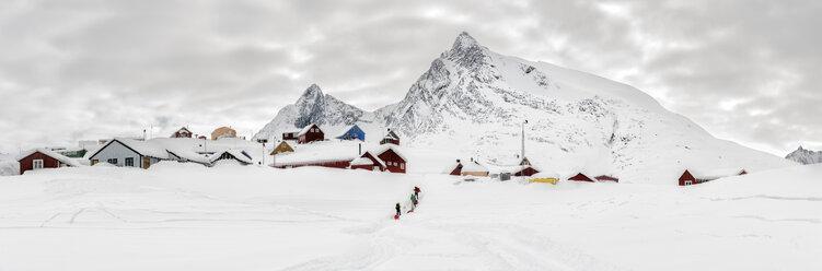 Greenland, Schweizerland Alps, Kuummiit, ski tourers - ALRF01210