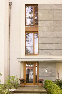 Germany, entrance door of residential house - CMF00805