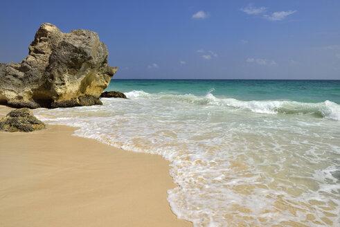 Oman, Dhofar, Indian Ocean Al Fizayah beach - ESF01646