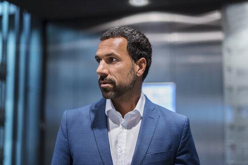 Portrait of businessman - DIGF04178