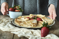 Homemade pancakes with strawberries - BZF00388
