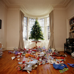 Messy living room at christmas - ISF00222
