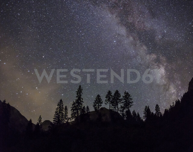 Germany, Bavaria, Berchtesgaden Alps, Milky way at night - HAMF00301
