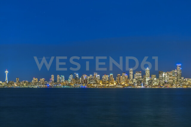 USA, Washington State, Seattle, Skyline at blue hour - MMAF00363