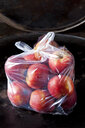 Plastic bag of red apples - CSF29209