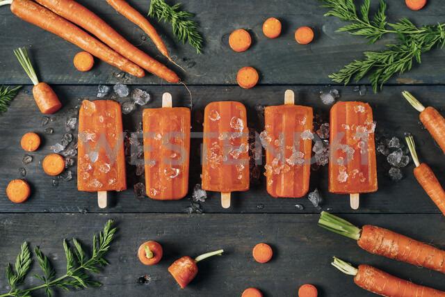 Carrot ice popsicles - RTBF01286 - Retales Botijero/Westend61