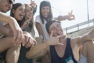 Friends taking selfie - ISF08209