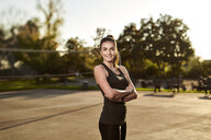 Sportive woman - MMIF00126