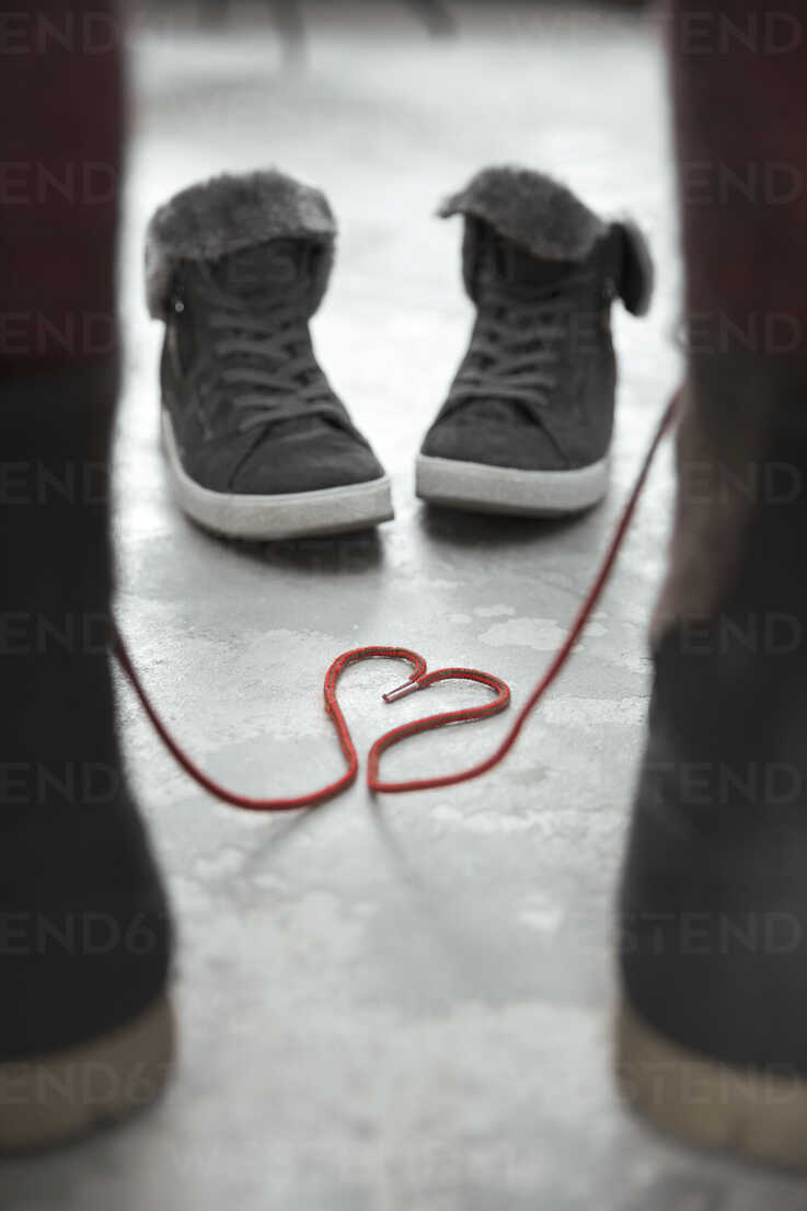 Two pair of shoes, symbol love - REAF00266 - realitybites/Westend61