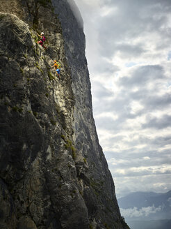 Austria, Tyrol, two rock climbers in Martinswand - CVF00754