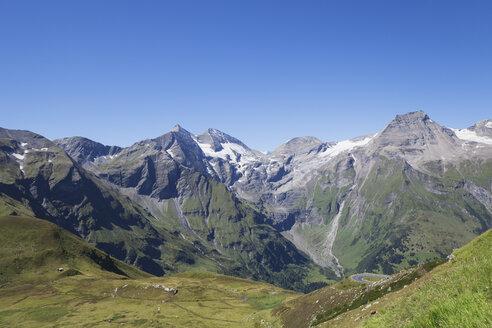 Austria, High Tauern National Park, Grossglockner High Alpine Road, Fuscher Valley - GWF05519