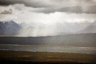 USA, Alaska, Denali National Park, rain at Alaska Range in autumn - CVF00824