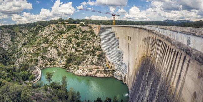 France, Provence-Alpes-Cote d'Azur, Beaurecueil, Bimont Dam - FRF00683