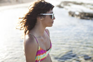 Woman enjoying beach - ISF10833