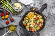 spaghetti with shrimps, green asparagus, tomato, pesto and parmesan - SARF03784
