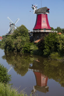 Germany, Lower Saxony, Greetsiel, traditional windmills - WIF03531