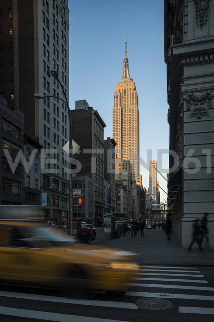 Street view of New York with Empire State Building in view - CUF35615