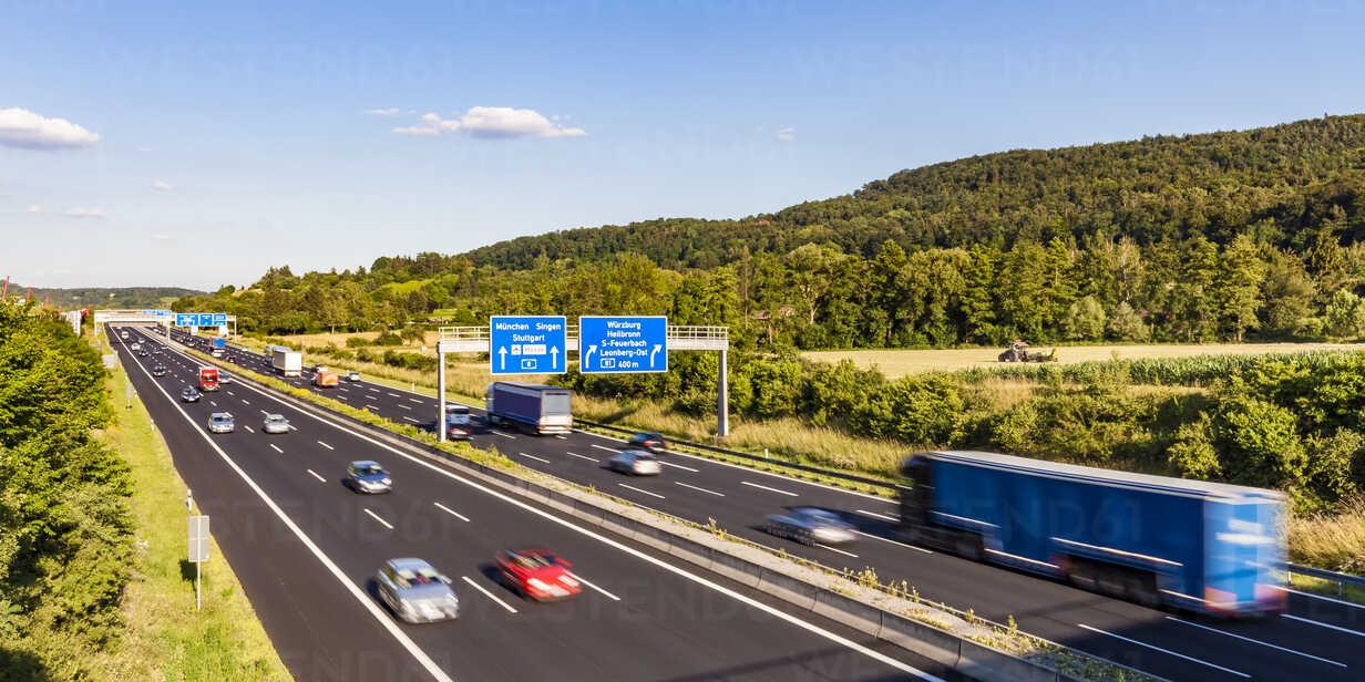 Germany, Baden-Wuerttemberg,  Leonberg, motorway A 8 - WDF04700 - Werner Dieterich/Westend61